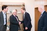 Nuotrauka. Seimo tarpparlamentinių ryšių su Airija grupės nariai susitiko su Airijos Irachto Jungtinio užsienio reikalų, prekybos ir gynybos komiteto pirmininku Brendanu Smitu. Seimo kanceliarijos (aut. O. Posaškova) nuotr.
