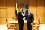 Nuotrauka. Seimo Pirmininko Viktoro Pranckiečio susitikimas su Europos Komisijos nare, atsakinga už transporto politiką, Violeta Bulc. Seimo kanceliarijos (aut. Dž. G. Barysaitė) nuotr.