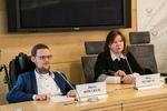 """Nuotrauka. Neįgaliųjų teisių komisijos pirmininko Justo Džiugelio spaudos konferencija """"Žmonių su negalia įgalinimas dirbti: misija – įmanoma!"""". Seimo kanceliarijos (aut. Dž. G. Barysaitė) nuotr."""